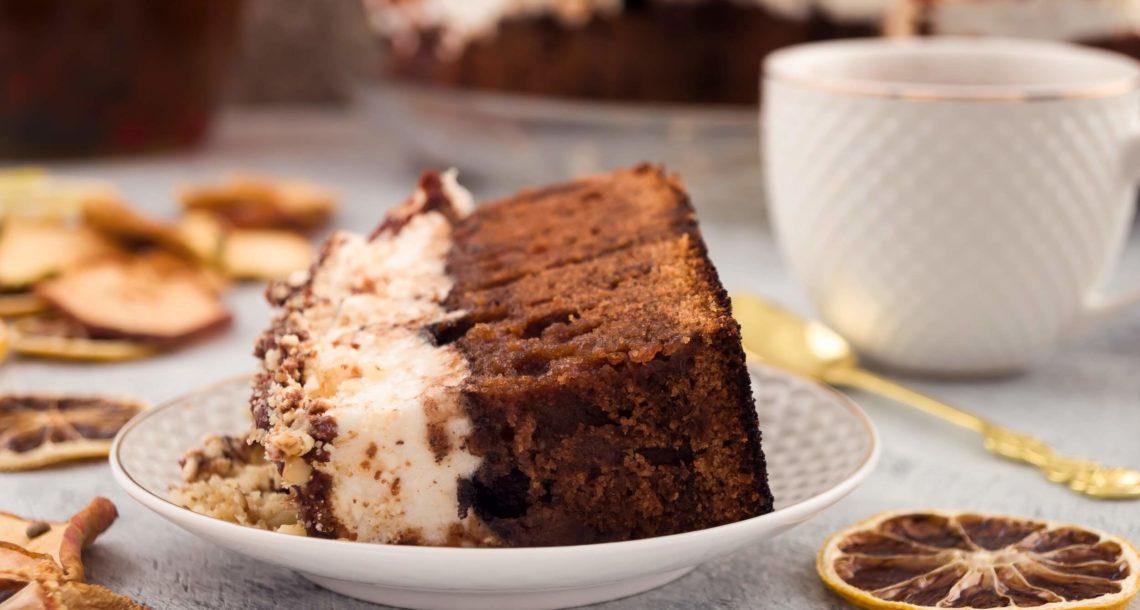 Tarta de chocolate y merengue con limón negro